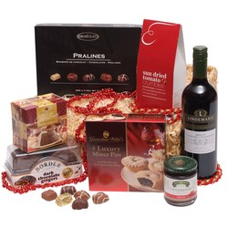 View a larger, more detailed picture of the  Winter Wonders Festive Hamper